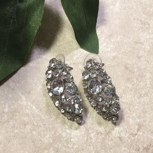Silver tone oval jewel cluster earrings
